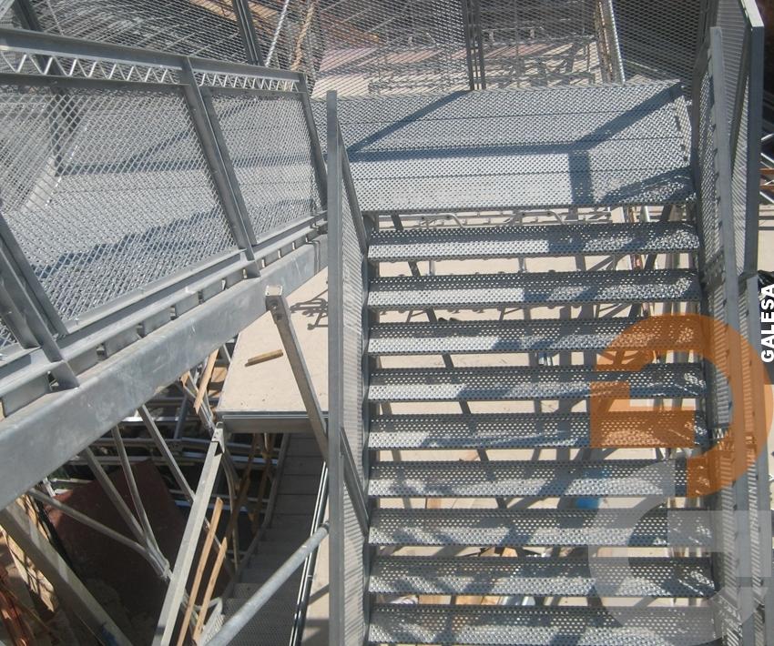 Barandillas y escaleras galvanizadas en caliente -